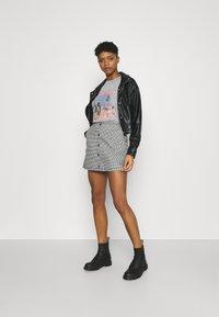 Obey Clothing - CREEPER SKIRT - Mini skirt - black/white - 1