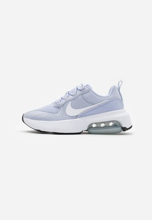 AIR MAX VERONA - Sneakers - ghost/white/metallic silver/black