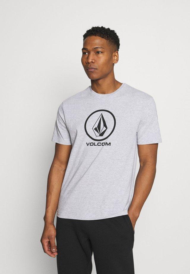 CRISP STONE - T-shirts med print - heather grey