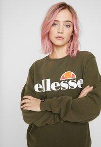 Ellesse - AGATA - Sweatshirt - khaki - 4