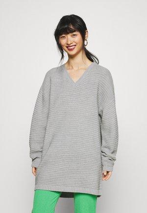RECYCLED V NECK DRESS - Jumper dress - grey