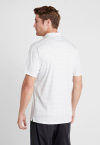 Nike Golf - DRY PLAYER PLAID - Funktionströja - wolf grey/white - 2