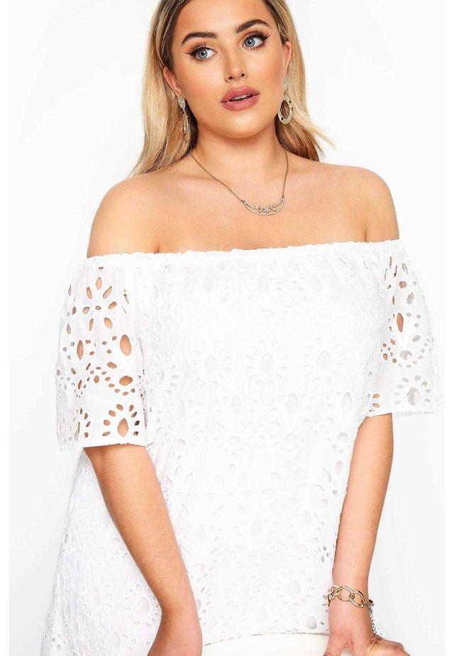 Day dress - white