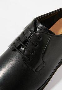NOIRE LINE - MARC - Volnočasové šněrovací boty - black - 5