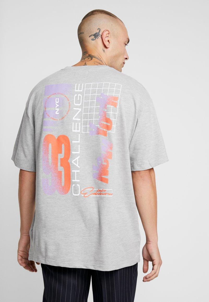 Topman - NEW YORK  - Print T-shirt - grey