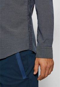 BOSS - Shirt - dark blue - 4
