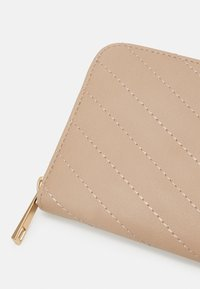 Even&Odd - Wallet - pink - 3