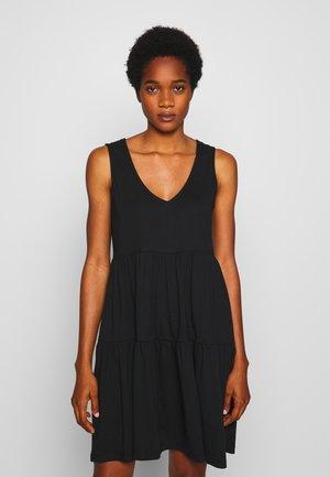 JDYFENNA LIFE V NECK DRESS - Žerzejové šaty - black