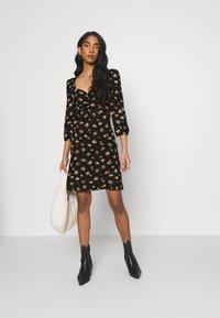 ONLY - ONLMEYA SHORT DRESS - Jersey dress - black - 1