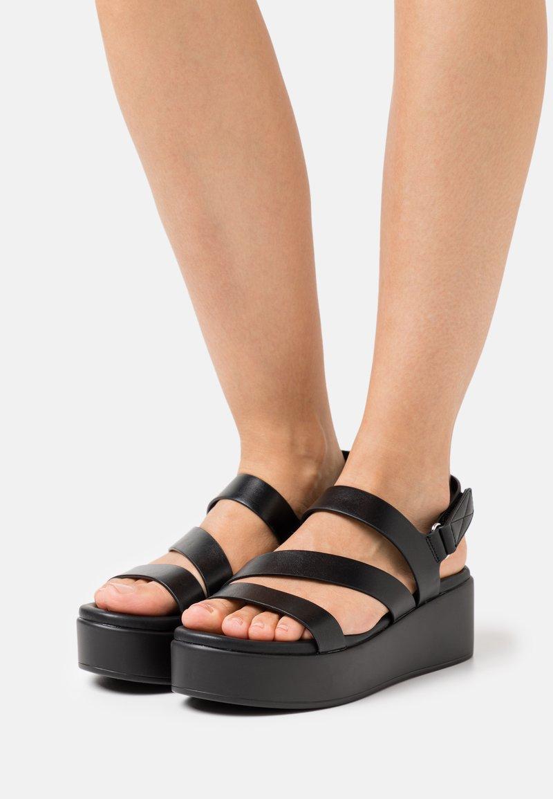ALDO - PERWELL - Sandales à plateforme - black