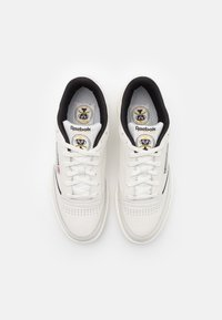 Reebok Classic - CLUB C 85 - Zapatillas - chalk/black/silver metallic - 3