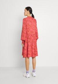 YAS - YASBEA DRESS - Abito a camicia - chutney bea - 2