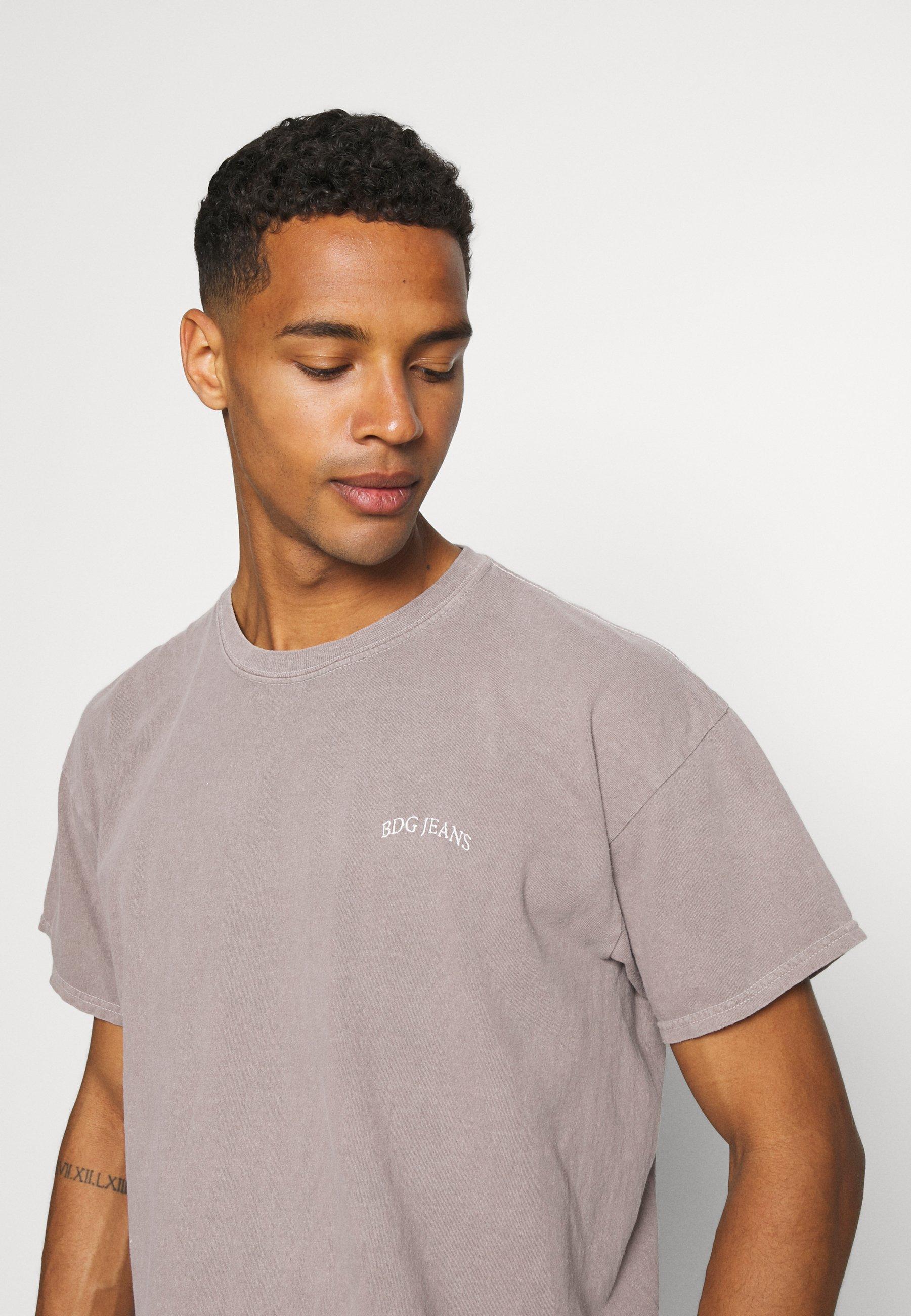 Women LOGO EMBROIDERED TEE UNISEX - Basic T-shirt