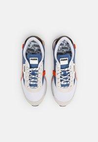 Puma - FUTURE RIDER SUMMER UNISEX - Sneakers laag - white/star sapphire - 3