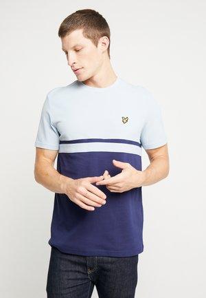 PANEL STRIPE - Print T-shirt - blue dust/navy