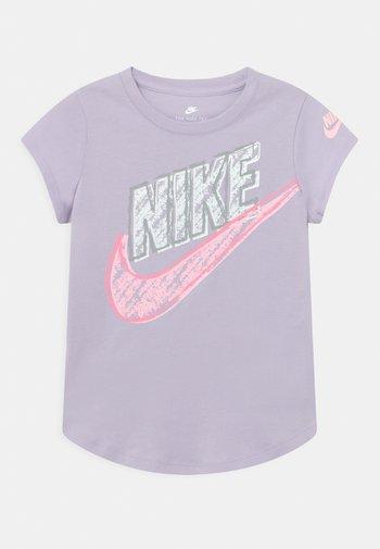 GRAPHIC - T-shirt print - purple chalk