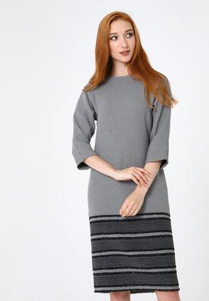 IZMIRA - Jumper dress - grau schwarz