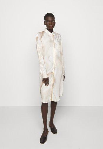 LITORE - Shirt dress - artwork