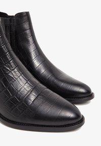 Bianco - BIACAROL  - Classic ankle boots - black 9 - 3