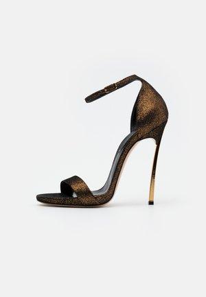 Sandales à talons hauts - dark phoenik super nova