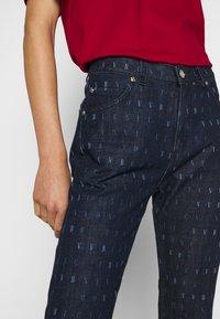 Victoria Victoria Beckham - WORD SEARCH UPSTATE - Flared Jeans - dark blue - 3
