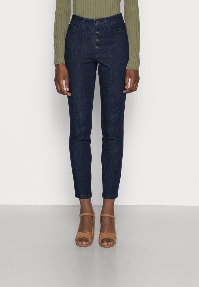 GARMAND - Slim fit jeans - dark blue