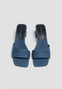 PULL&BEAR - Korolliset pistokkaat - blue black denim - 2