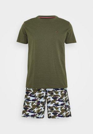 WOVEN SET PRINT - Pyjamas - green