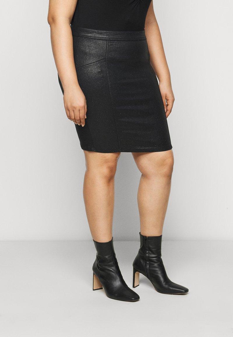 Pieces Curve - PCSKIN PARO GLITTER SKIRT - Mini skirt - black