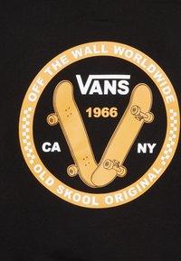 Vans - OLD SKOOL KIDS - Jersey con capucha - black - 4