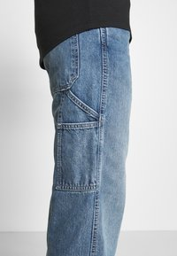 Levi's® - TAPERED CARPENTER - Jeans relaxed fit - med indigo - 3