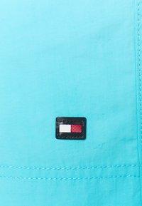 Tommy Hilfiger - MEDIUM DRAWSTRING - Swimming shorts - blue - 2