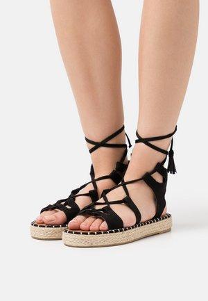 LACE UP - Sandaalit nilkkaremmillä - black