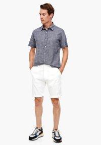 s.Oliver - Shorts - white - 1