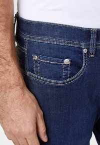 Pierre Cardin - FUTUREFLEX LYON  - Jeans Tapered Fit - dark blue - 3