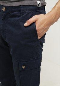 Pier One - Cargo trousers - dark blue - 4
