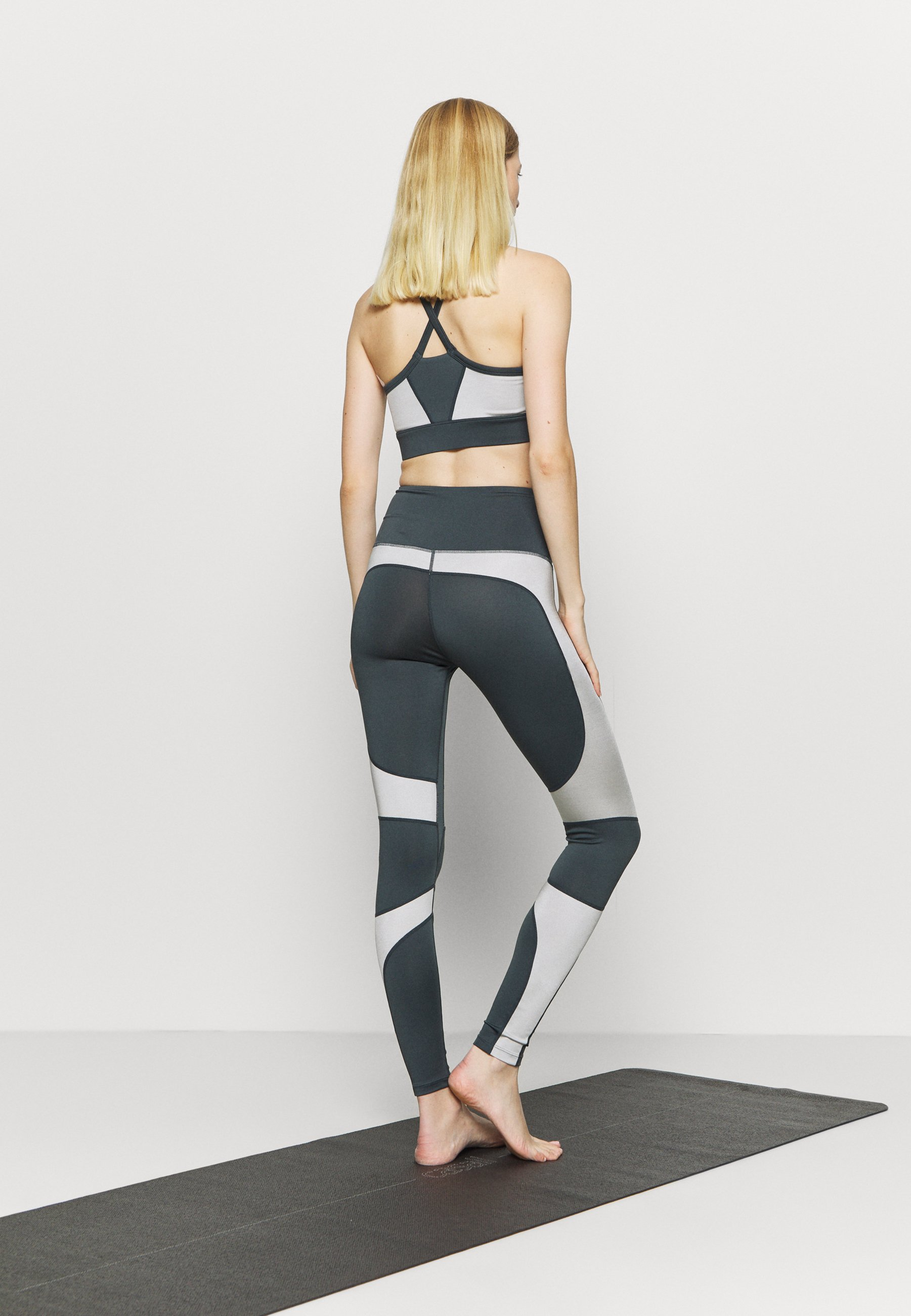 HIIT HIGH SHINE PANEL LEGGING - Leggings - mid grey gcwFe