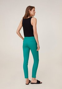 Mango - COFI6-N - Pantalon classique - groen - 2