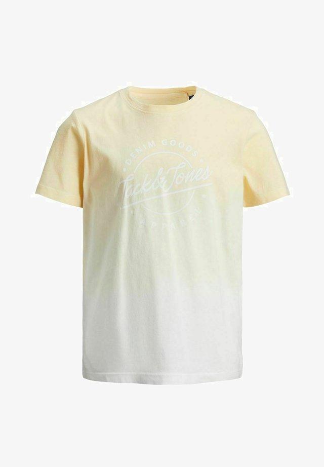 T-shirts print - flan