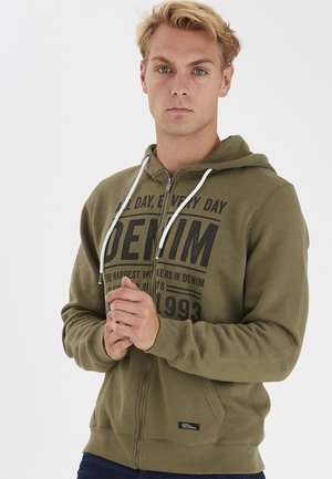 SWEATSHIRT REGULAR FIT - Hoodie - deep lichen green