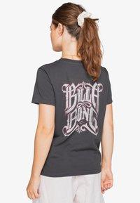 Billabong - Print T-shirt - off black - 0