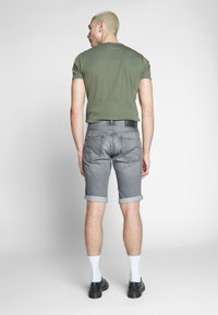 G-Star - 3301 SHORT - Denim shorts - sato black denim/sun faded black stone - 2