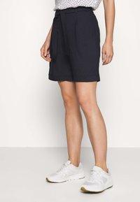 comma - Shorts - tinte - 0