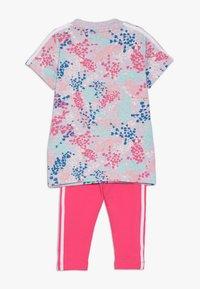 adidas Originals - TEE DRESS SET - Leggings - multi-coloured - 1