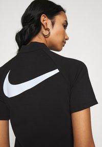 Nike Sportswear - DRESS - Jerseykjoler - black/white - 3