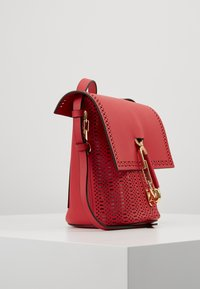 ZAC Zac Posen - BELAY CROSSBODY PERFORATION - Umhängetasche - chili pepper - 3