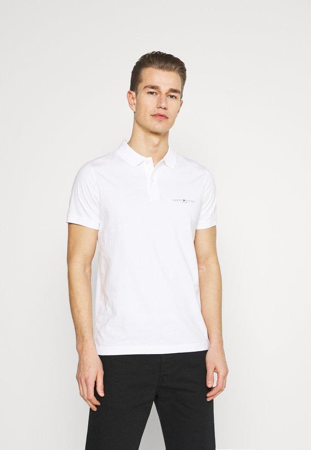 CLEAN SLIM - Polo shirt - white