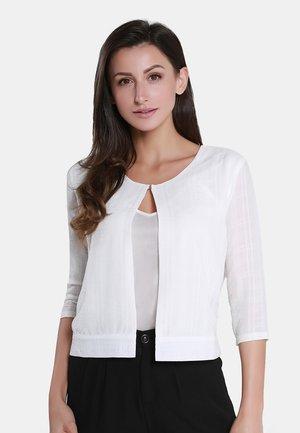 Neuletakki - woolen white
