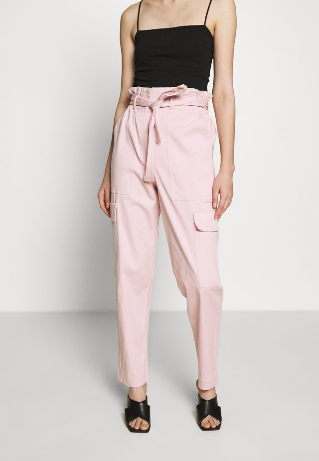 THE PAPERBAG TROUSER - Pantalon classique - rose