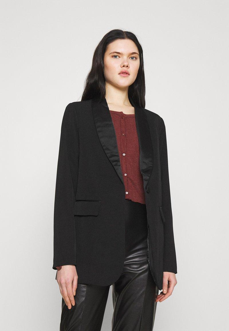 NA-KD - Short coat - black